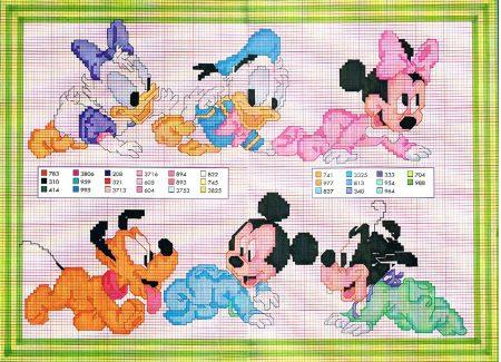 Margarida Donald Minie Pluto Mickey Pateta engatinhando