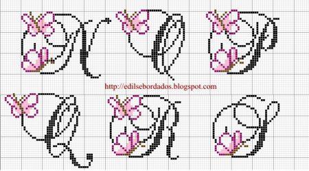 Monograma borboleta delicada pequeno 30 em ponto cruz 3