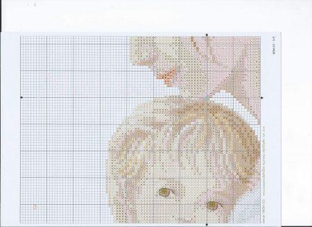Quadro Mãe segurando Bebê Delicado BordadoPontoCruz 04